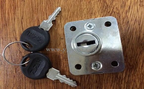 抽屉锁打开方法 抽屉锁单钩开启视频演示