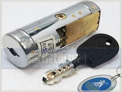 防盗门锁芯都是通用的吗?