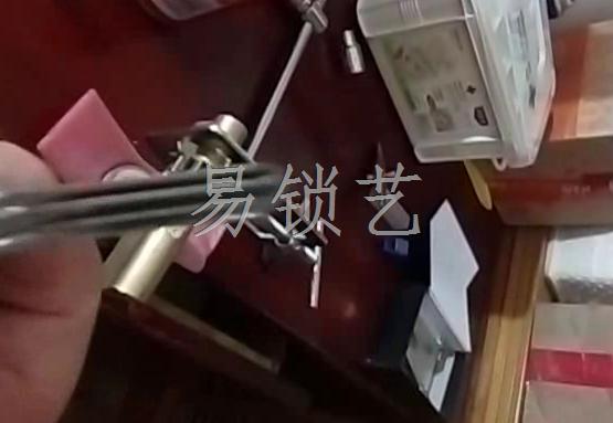 WGZ锡纸软开启小帅双排演示视频